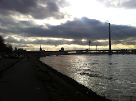 (Andreas Gur)skyline